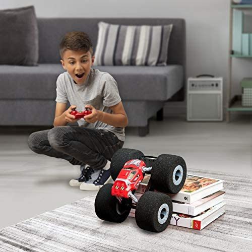 51JQ9eoOl3L. AC  - Air Hogs Super Soft, Stunt Shot Indoor Remote Control Stunt Vehicle with Soft Wheels, for Kids Aged 5 and up
