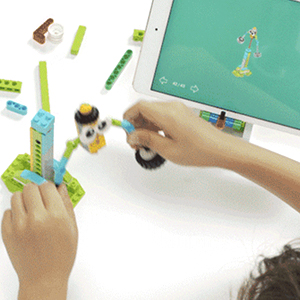 813a39d0 d9d5 474c ad7f 51bf4e546c0f.  CR0,0,300,300 PT0 SX300 V1    - WOOLIKE Robot Kit 100+ in 1 Robot Toys,STEM Educational Coding Science Kits for Kids ,APP Remote Control Building Robot Kit for Boys and Girls Age 6+ Years Old