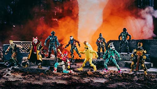 """51B0aXGdUjL. AC  - Fortnite The Chapter 1 Collection - Ten 4"""" Action Figures, Featuring Recruit (Jonesy), Black Knight, Rust Lord, The Visitor, Drift, DJ Yonder, Ice King (Gold), Peely, Rox, Eternal Voyager"""