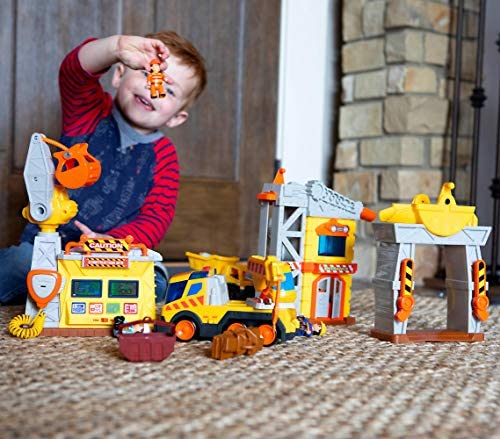 51T6uvjmJyL. AC  - Fat Brain Toys Construction Site Playset Imaginative Play for Ages 3 to 4