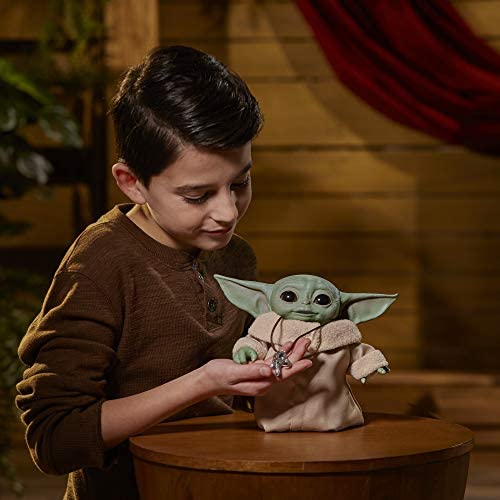 41cjVg6UyyL. AC  - Star Wars The Child Animatronic Edition 7.2-Inch-Tall Toy by Hasbro with Over 25 Sound and Motion Combinations, Toys for Kids Ages 4 and Up