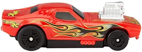 41jDk4zcTqL. AC  - Hot Wheels R/C 1:64 Scale Rechargeable Radio-Controlled Racing Cars for On- or Off-Track Play, Includes Car, Controller & Adapter for Kids 5 Years Old & Up