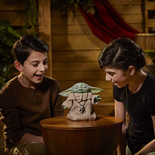 41pK ClpS8L. AC  - Star Wars The Child Animatronic Edition 7.2-Inch-Tall Toy by Hasbro with Over 25 Sound and Motion Combinations, Toys for Kids Ages 4 and Up