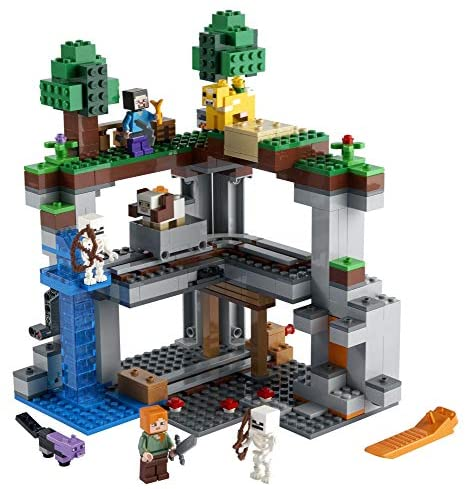 51K8OTl+3PL. AC  - LEGO Minecraft The First Adventure 21169 Hands-On Minecraft Playset; Fun Toy Featuring Steve, Alex, a Skeleton, Dyed Cat, Moobloom and Horned Sheep, New 2021 (542 Pieces)