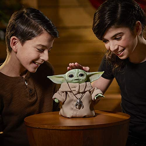 51PNVJ5ffLL. AC  - Star Wars The Child Animatronic Edition 7.2-Inch-Tall Toy by Hasbro with Over 25 Sound and Motion Combinations, Toys for Kids Ages 4 and Up