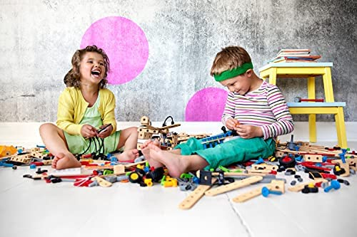 51gmzkmqrzS. AC  - BRIO Builder 34587 - Builder Construction Set - 136-Piece Construction Set STEM Toy with Wood and Plastic Pieces for Kids Age 3 and Up