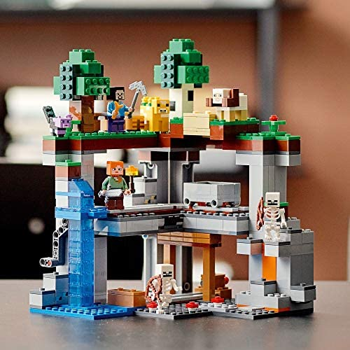 51oSvWD2HeL. AC  - LEGO Minecraft The First Adventure 21169 Hands-On Minecraft Playset; Fun Toy Featuring Steve, Alex, a Skeleton, Dyed Cat, Moobloom and Horned Sheep, New 2021 (542 Pieces)