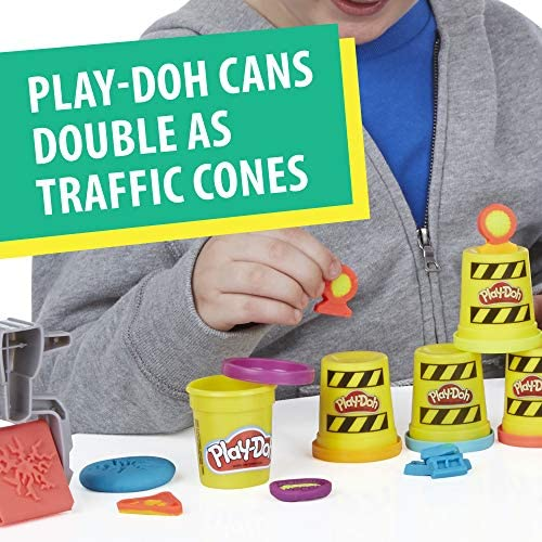 51rdKnRQTmL. AC  - Play-Doh Buzzsaw Logging Truck Toy with 4 Non-Toxic Colors, 3-Ounce Cans