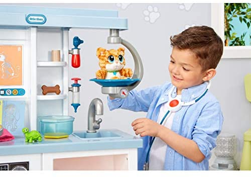 41Xr14RTtZL. AC  - Little Tikes Vet Toys for Kids - My First Pet Doctor Checkup Pretend Play Set Veterinarian Playset - Over 15 Accessories, Multicolor Interactive Medical Vet Clinic