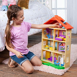 1d9f9cf0 9027 44d3 9885 2a63e1b34d9d.  CR0,0,300,300 PT0 SX300 V1    - Peppa Pig's Lights & Sounds Family Home Feature Playset