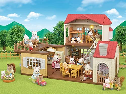 51QsjD6oZzL. AC  - Calico Critters Red Roof Country Home Gift set